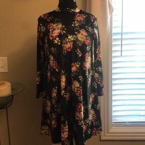 Pomelo dress - soft, flowy velvet material